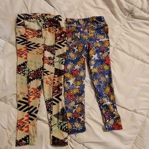 Pair of lularoe leggings